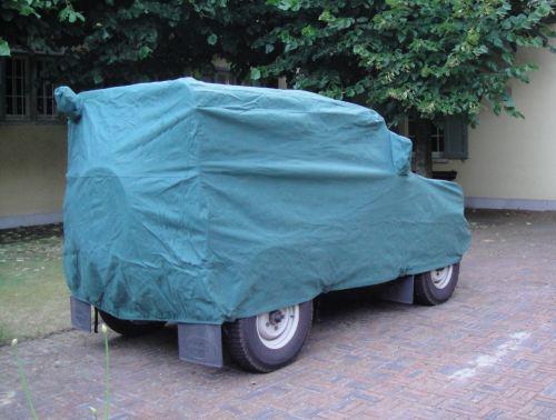 Land Rover SWB with rear top light, rear high level reversing light