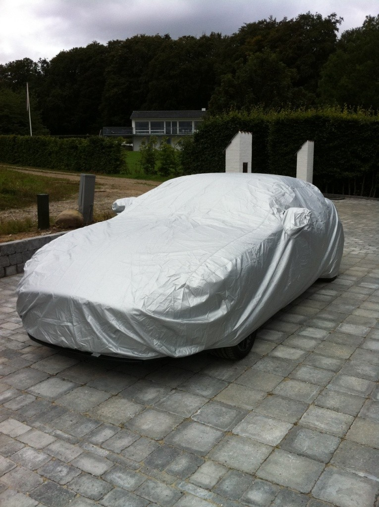 Jaguar XKR Cabrio Mk 2 Voyager Car Cover from Coveryourcar.co.uk